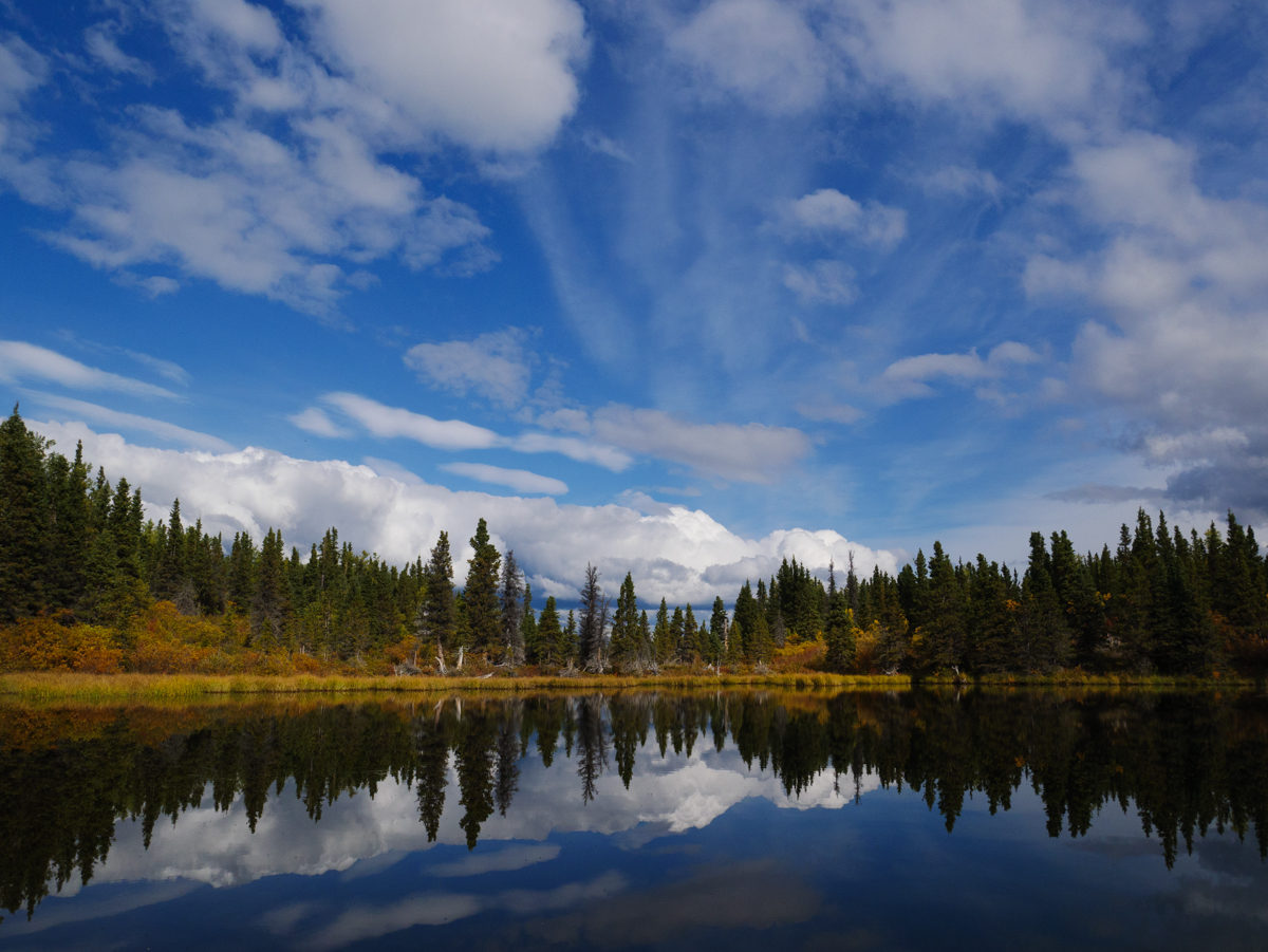 Fall hiking in Kluane National Park